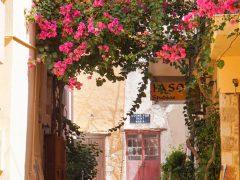 Keskustelupalstojen asiantuntijat: Kreeta on mitäänsanomaton turistirysä!