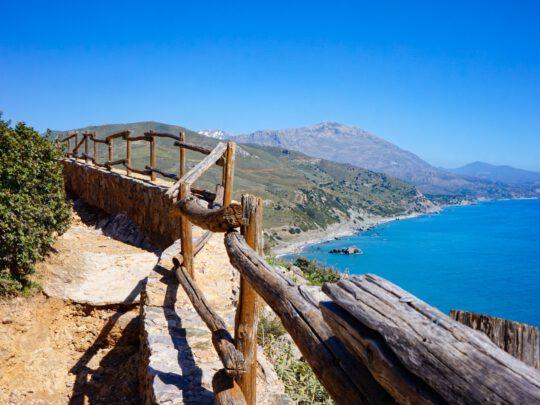 Elämää Kreetalla koronan pistäessä maailmaa sekaisin