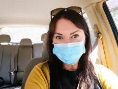 Kreikan viranomaiset: Turisti, käytä maskia!